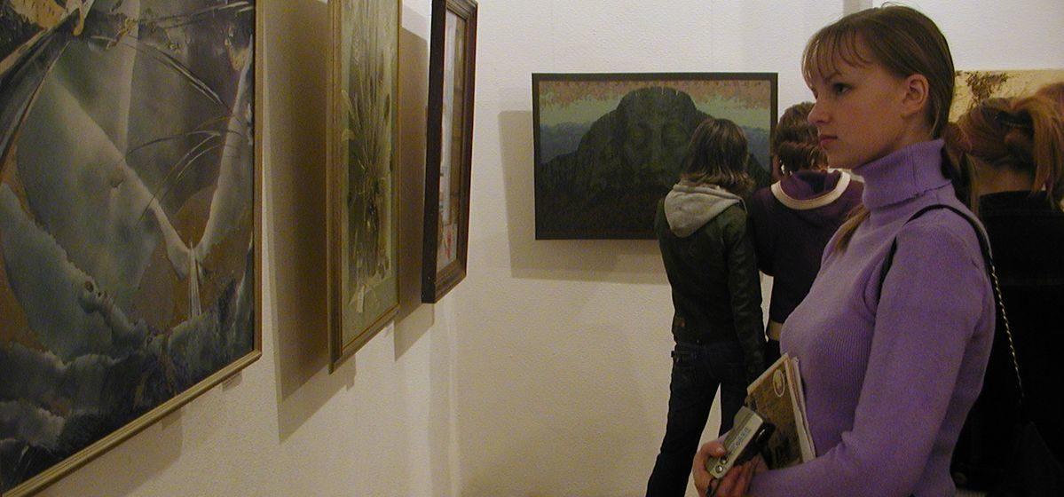 Выставка в честь 30-летия Детской художественной школы искусств откроется в Барановичах