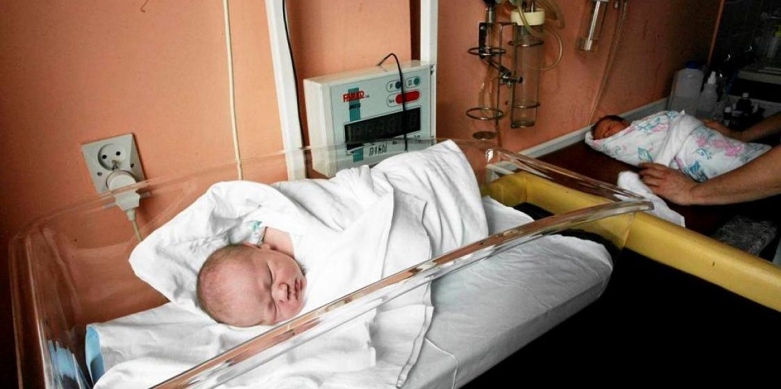 В Польше впервые родились шестеро близнецов