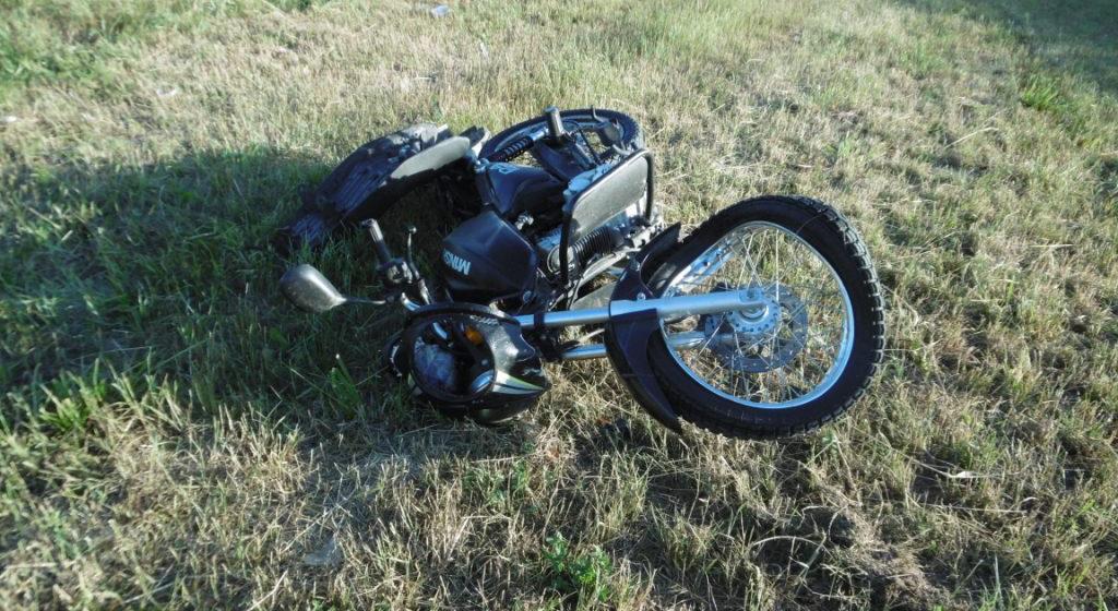 Под Житковичами 17-летний пьяный бесправник на мотоцикле вылетел в кювет. Он в реанимации