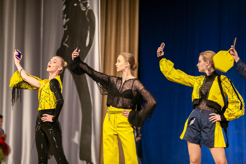 Женская коллекция Impulse. Фото: архив модельного агентства Сергея НАГОРНОГО