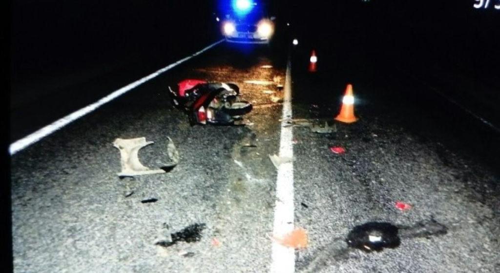 Пьяный бесправник на скутере врезался в мотоцикл под Пружанами