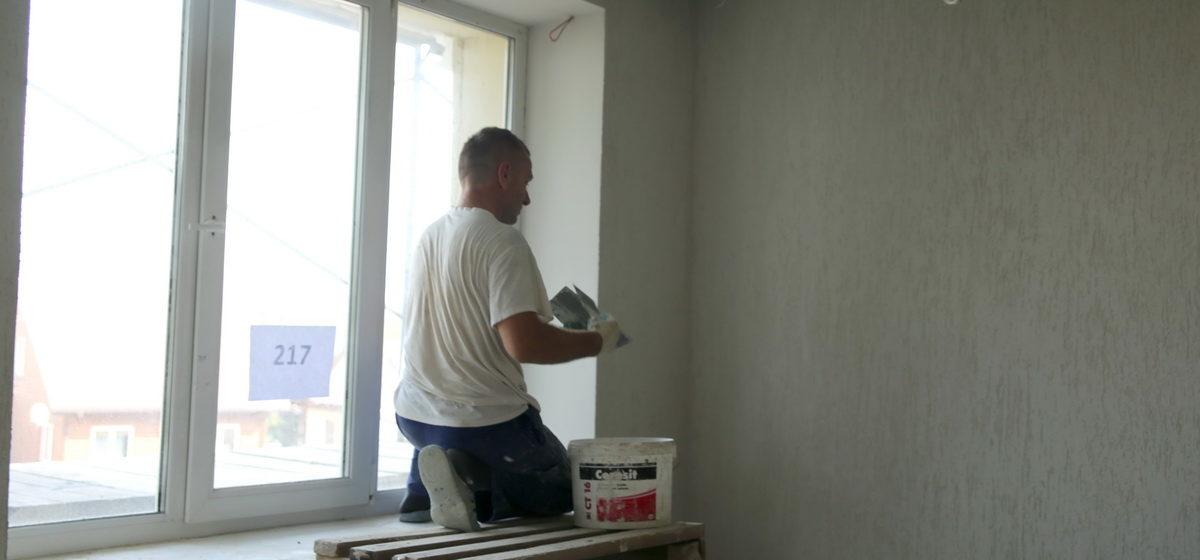 По каким строительным специальностям можно работать на себя без регистрации ИП и сколько это стоит