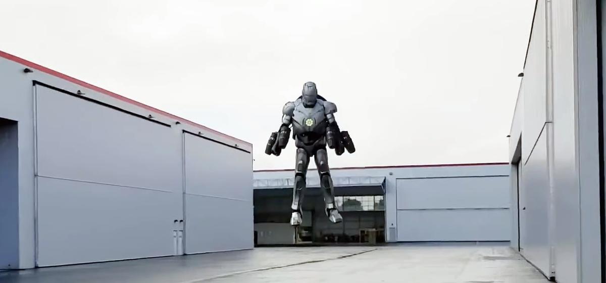 Ведущий «Разрушителей легенд» собрал костюм Железного человека. Летает невысоко, но пули не берут (видео)
