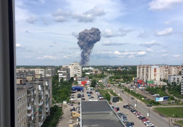 Взрыв в Дзержинске. Фото: ВК, Подслушано Дзержинск