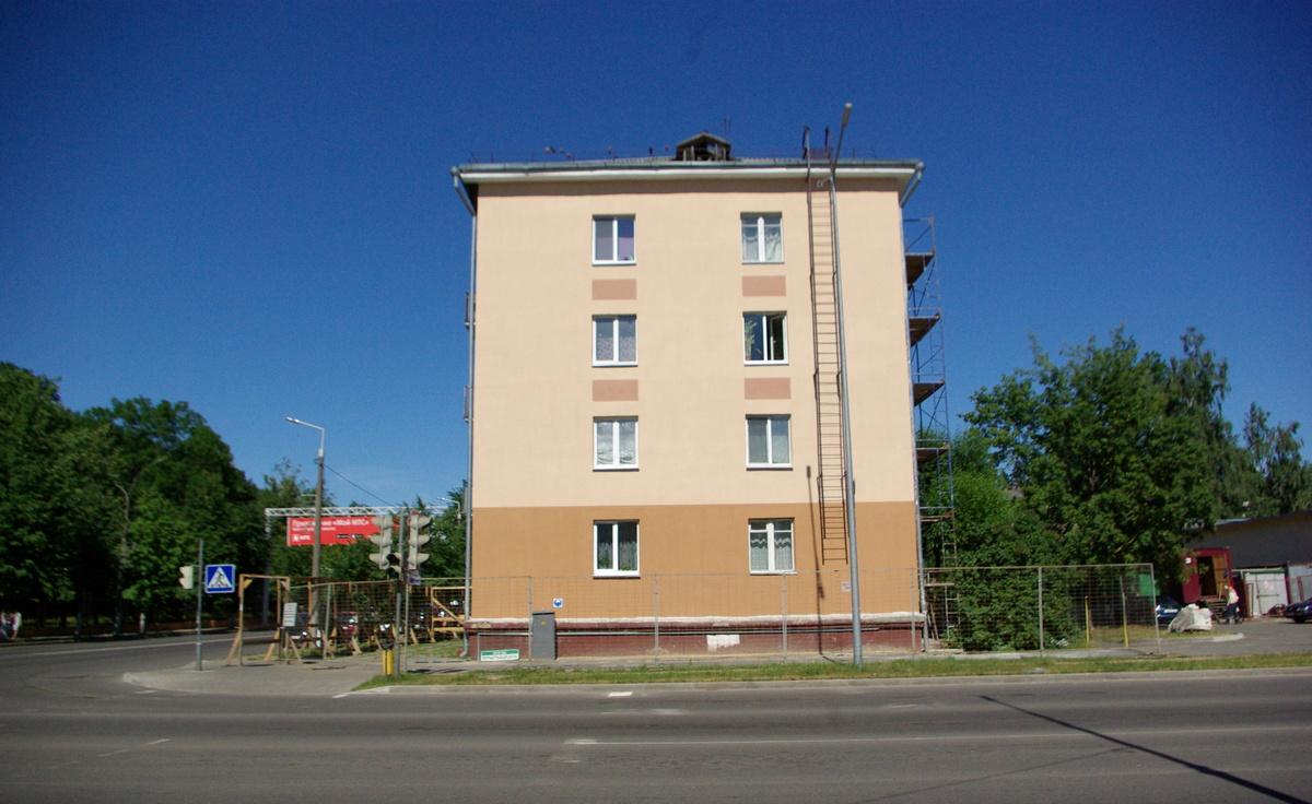 Дом №15 на улице Комсомольской. Фото: Ксения СЕДЕЛЬНИК