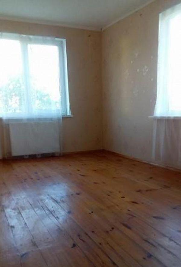 Так дом в Ляховичском районе выглядит изнутри.