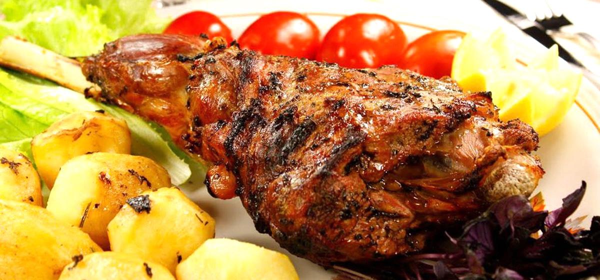 Отведать блюда из тандыра приглашает агроусадьба «55 Кардон»*
