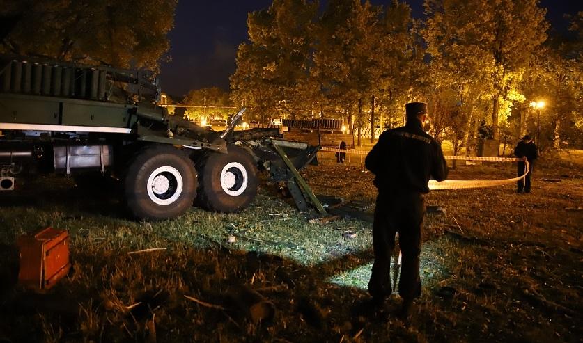 СК назвал четыре версии, из-за чего в Минске произошли взрывы фейерверков и погибла женщина