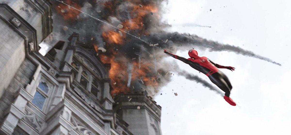 Фильмы недели, которые стоит посмотреть: «Курск», «Та еще парочка», «Человек-паук: вдали от дома»