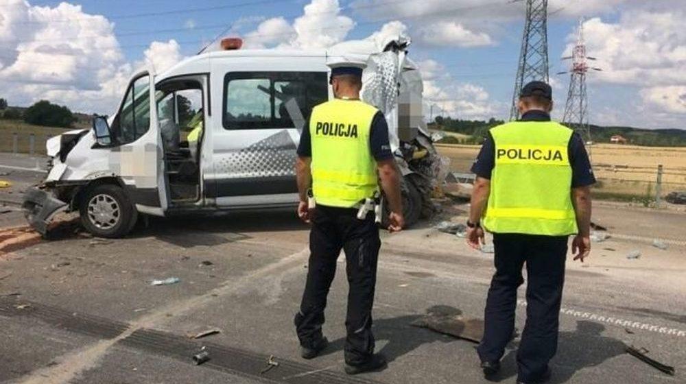 Белорусский дальнобойщик насмерть сбил двух дорожных рабочих в Польше. Фото