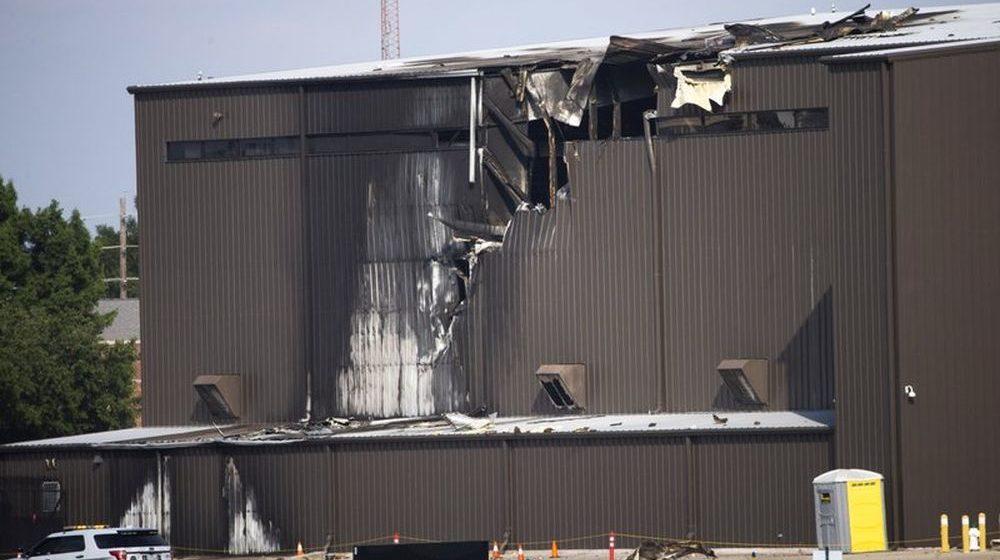 Самолет врезался в ангар при взлете в Техасе — 10 человек погибли