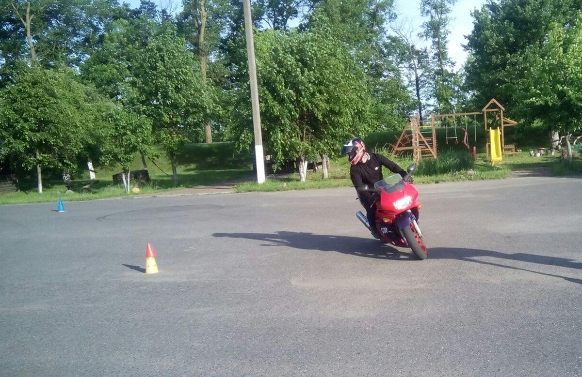 Тренировка по мотоджимхане.