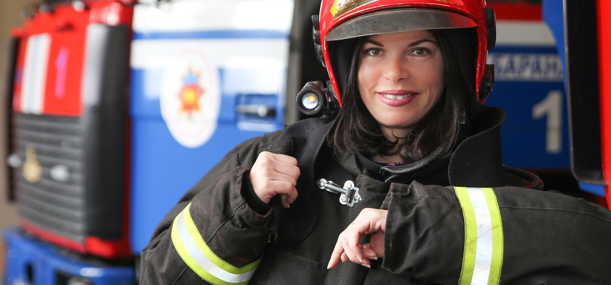 Испытано на себе. Как я дежурила с пожарными. «Надела костюм и потяжелела на 20 кг»