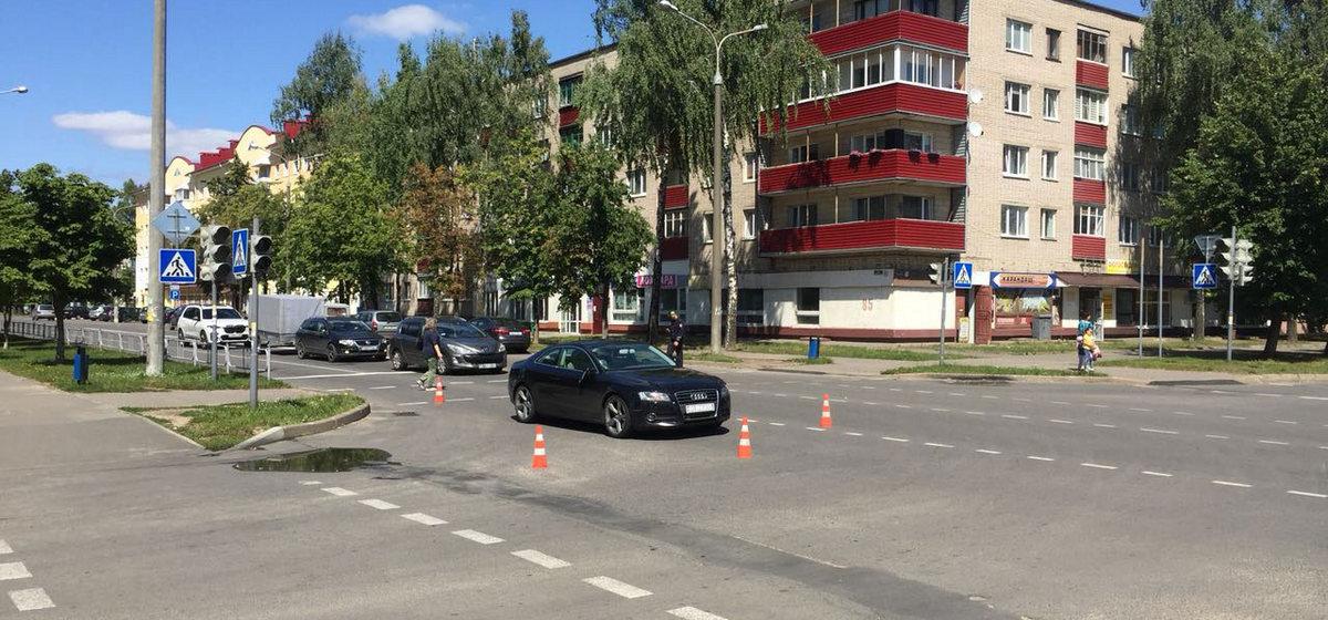 В Барановичах мужчина перебегал улицу на красный свет и был сбит машиной