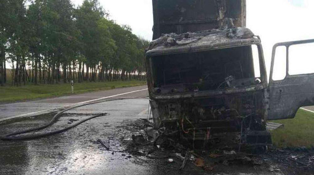 Легковушка лоб в лоб столкнулась с фурой в Червеньском районе — погиб один человек