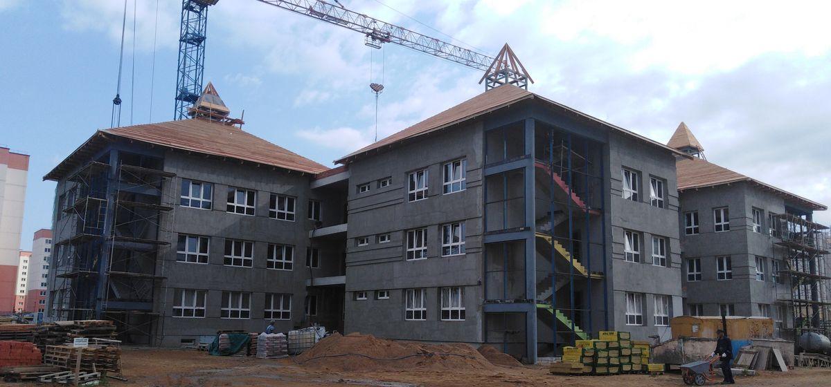 Строительство нового детского сада продолжается в Барановичах. Успеют ли к 1 сентября?