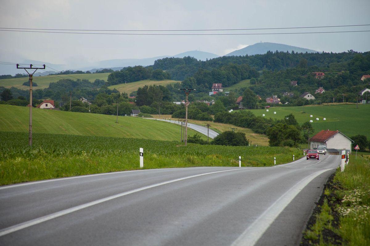 Идеально ровные дороги в чешских горах.