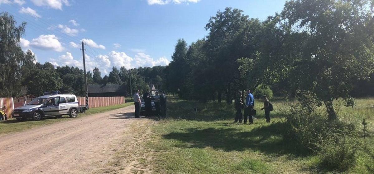 Два соседа подрались на даче в Солигорском районе. Один погиб, второй – в реанимации