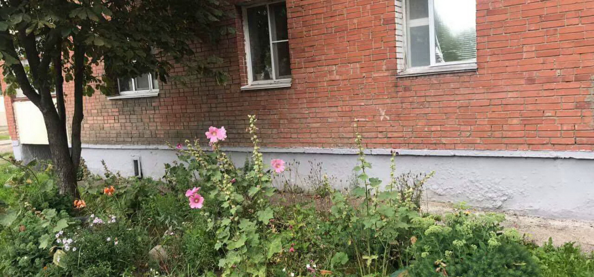 Шестилетний мальчик выпал из окна пятого этажа в Витебске