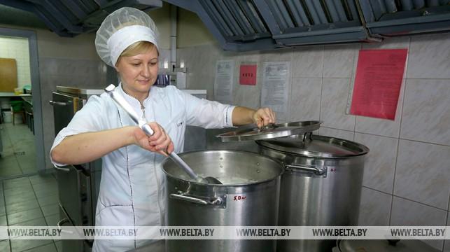 В Беларуси увеличены нормы расходов на питание в детсадах и школах