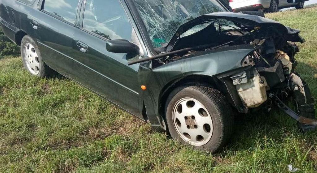 Под Ивацевичами легковушка врезалась в МАЗ: пострадали четыре человека, в том числе ребенок
