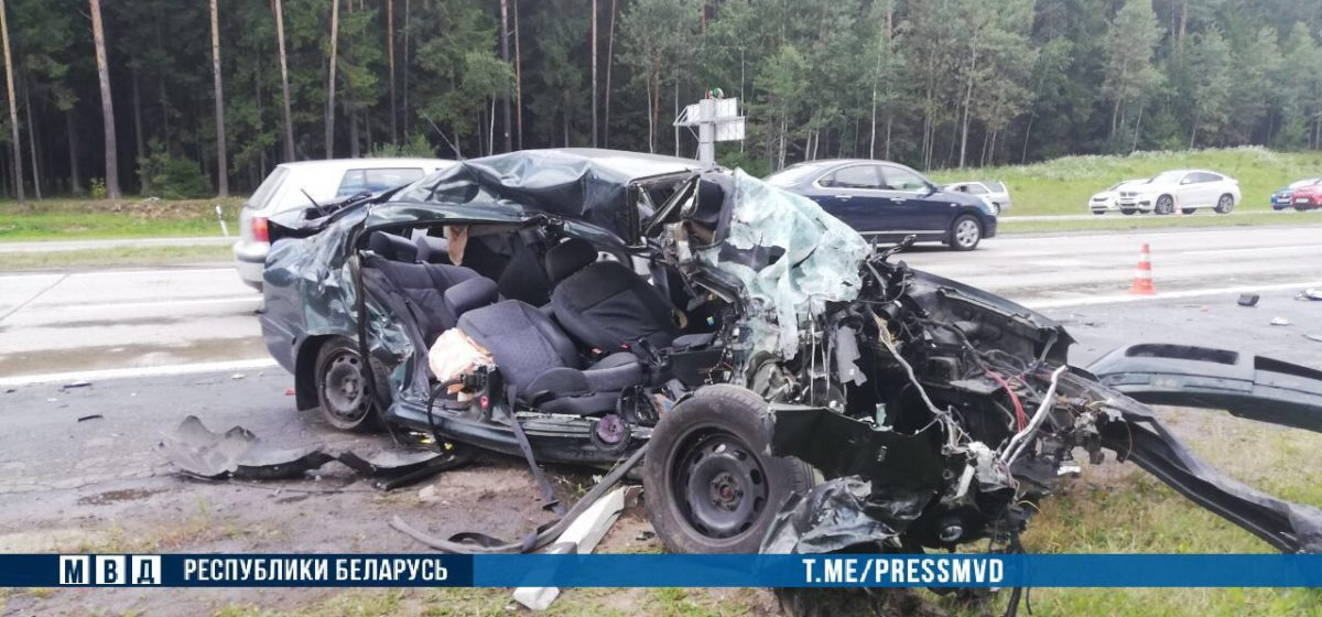 В Сети появилось видео аварии под Боровлянами, в которой погибли два человека