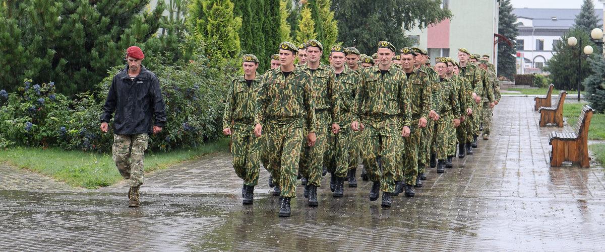 «Приятно снова взять в руки оружие». «Партизаны» – о своих впечатлениях от сборов, которые прошли в Барановичах