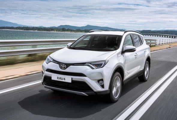 Toyota RAV4 и C-HR: чем отличаются модели?