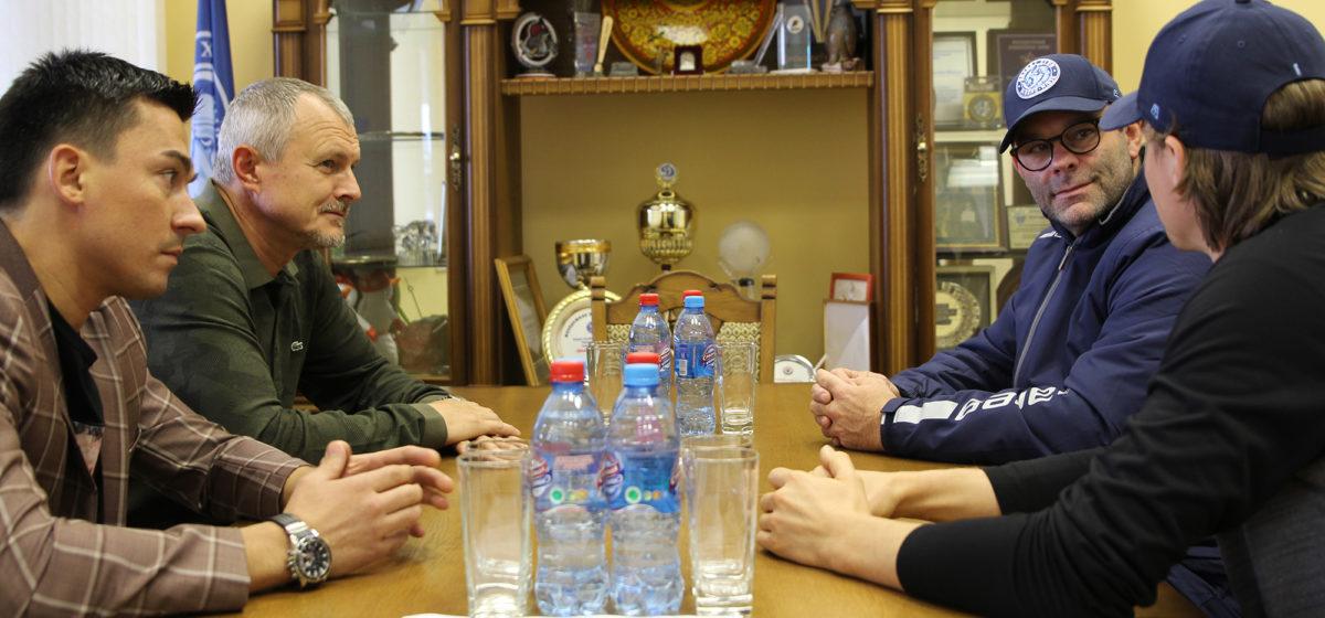 Экс-министра МВД Игоря Шуневича после отставки не узнать. Фотофакт