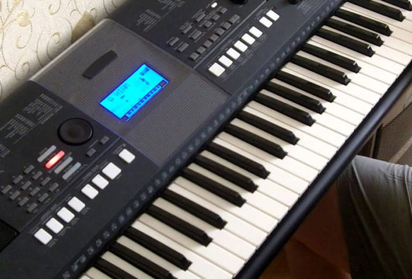 Какое цифровое пианино выбрать для ребенка? Собираемся в музыкальную школу.