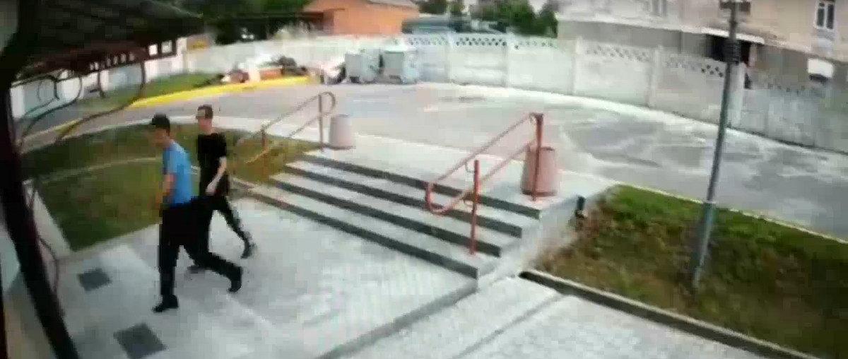 Заявление МВД. Мужчину, которому ампутировали часть ноги, никто не бил, а травму он получил сам через 11 дней. Опубликовано видео из вытрезвителя