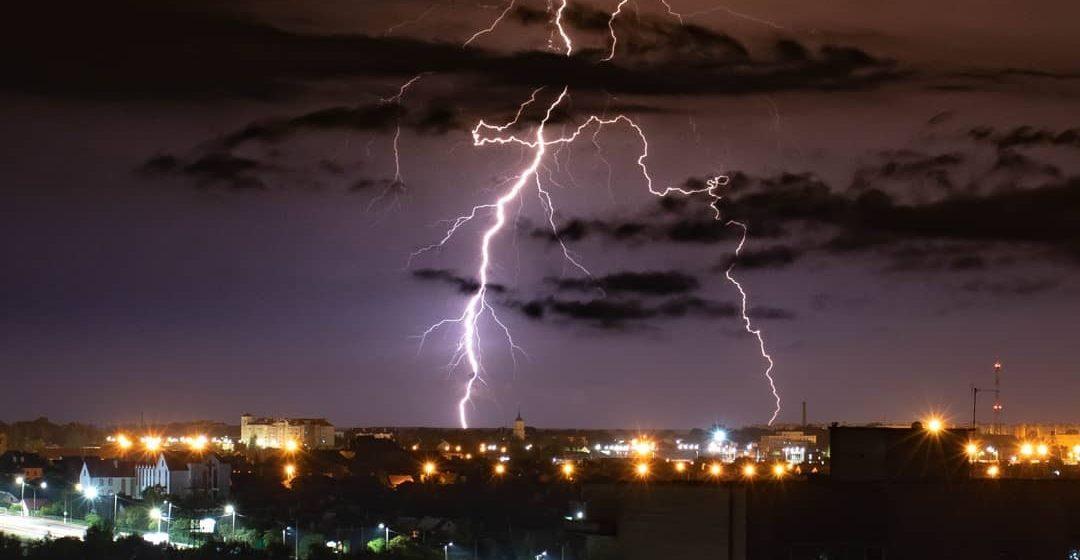 Новости. Главное за 13 августа: молния убила пастуха, подробности самоубийства сотрудника ГАИ, и метеорологи рассказали о предстоящей погоде