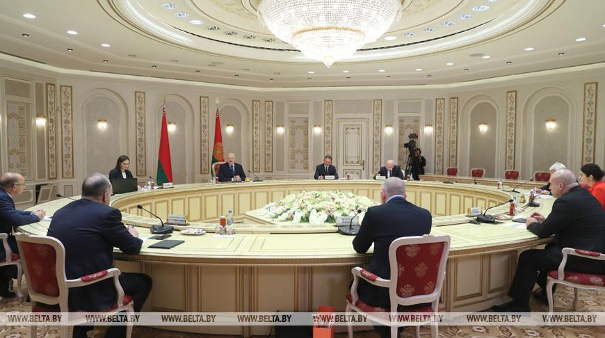 Лукашенко о встрече Трампа и Зеленского: прилично, разумно, красиво