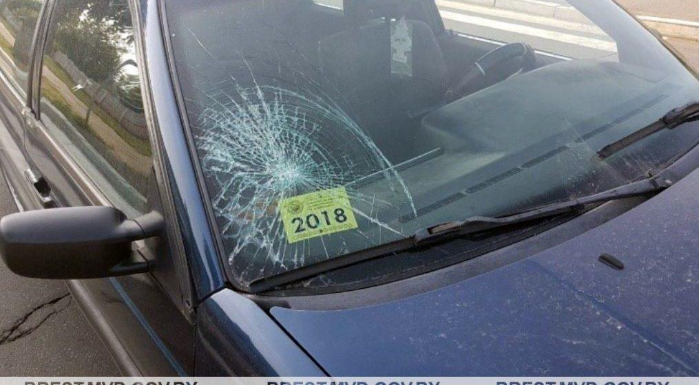 В Ляховичах автомобиль сбил пешехода