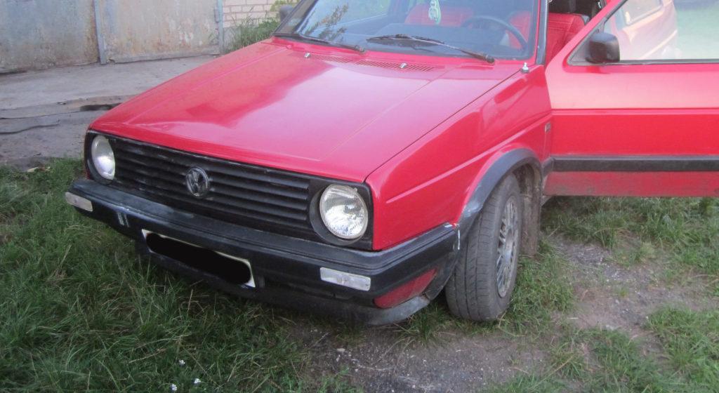 В Барановичах мужчина хранил в гараже друга велосипед, а потом выпил и угнал машину товарища