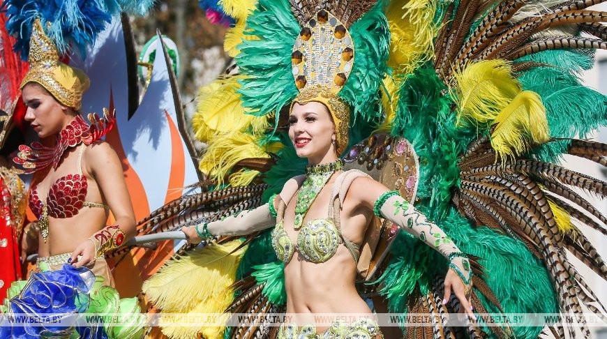 В Бресте прошел грандиозный карнавал. Фоторепортаж