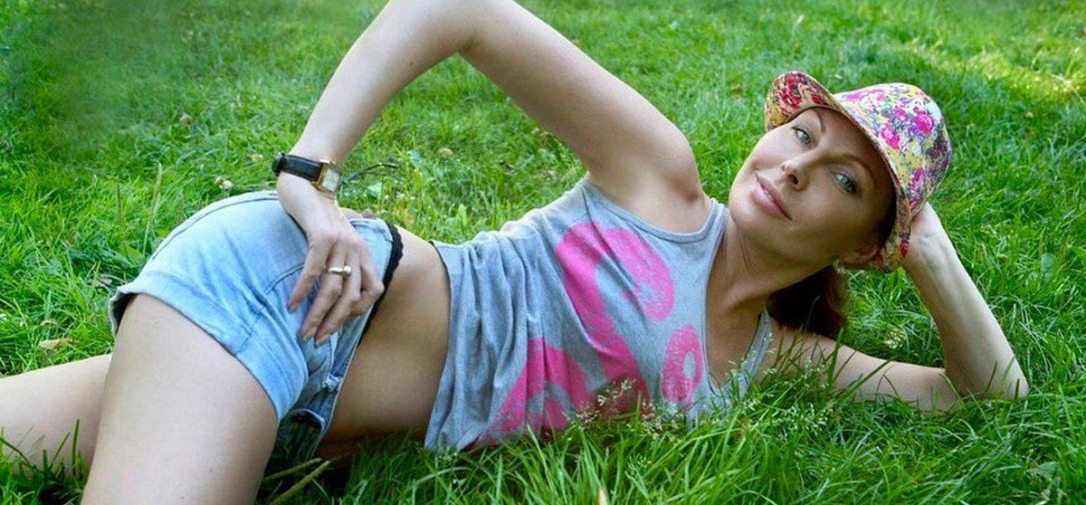 Актрису Наталью Бочкареву, известную по сериалу «Счастливы вместе», задержали с кокаином. Видео