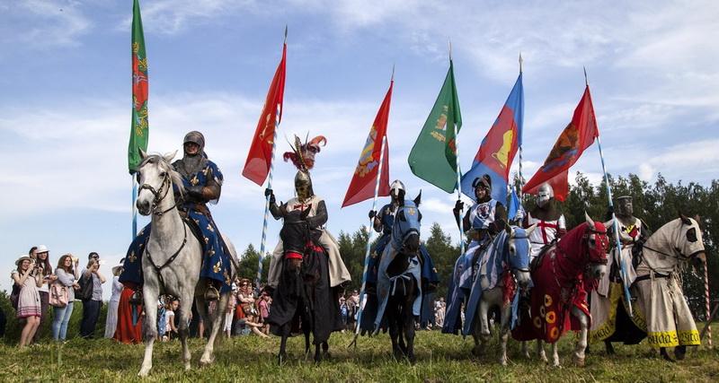 Рыцари, танцы и музыка. Программа фестиваля исторической реконструкции «Меч короля» в Новогрудке