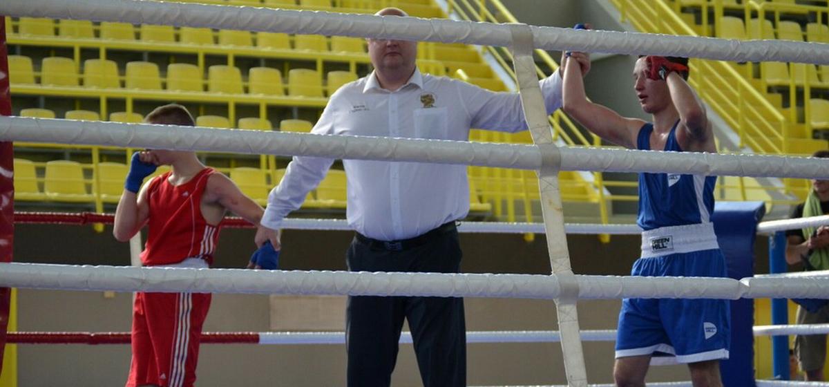 Барановичские юноши выиграли два областных турнира по боксу