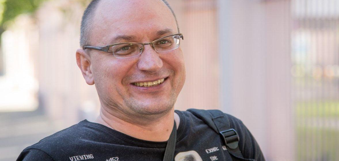 Минчанин, в квартиру которого по ошибке ворвался ОМОН, отсудил у МВД 2886 рублей