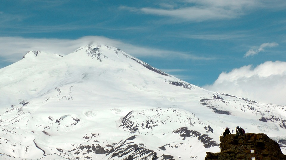 На Эльбрусе погиб 62-летний белорусский альпинист