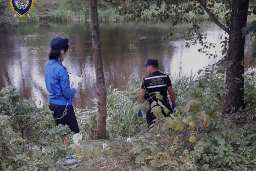 Двое мужчин утонули в реке в Лепеле