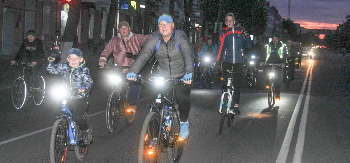 Велопробег в рамках Дня без автомобиля состоялся в Барановичах. Видео