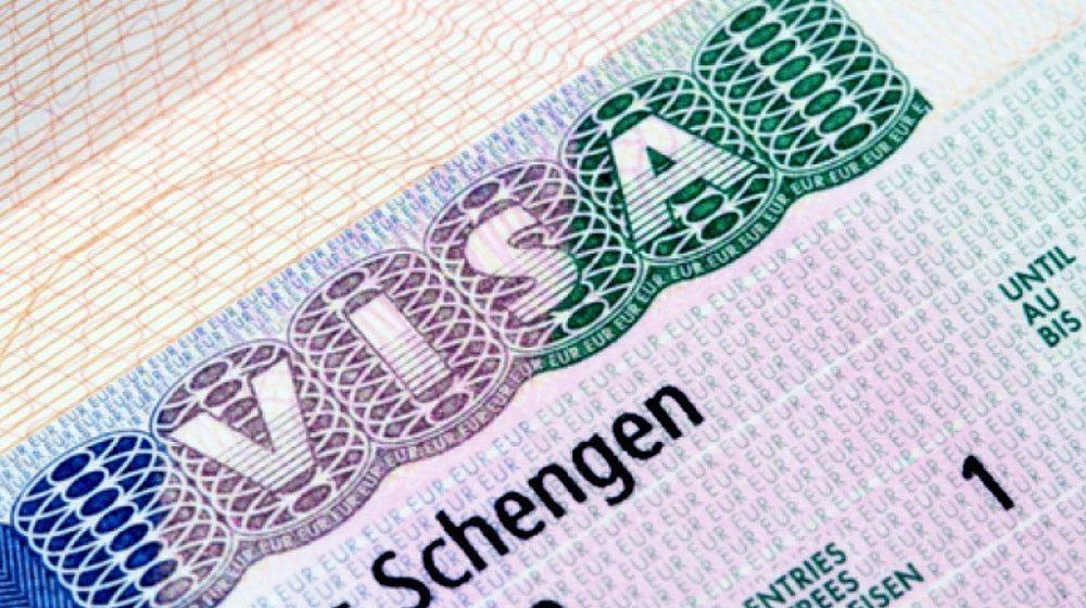 Еврокомиссия подготовила проект решения о визовом соглашении с Беларусью. «Шенген» по 35 евро все ближе?