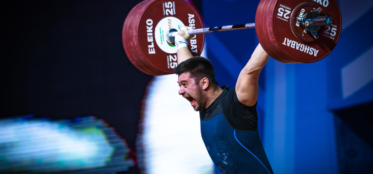 Двадцатилетий белорус стал чемпионом мира по тяжелой атлетике