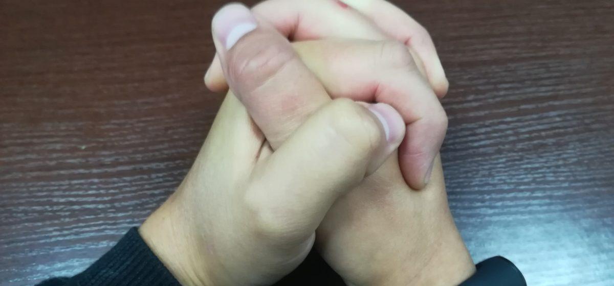 О каких болезнях говорят постоянно холодные руки