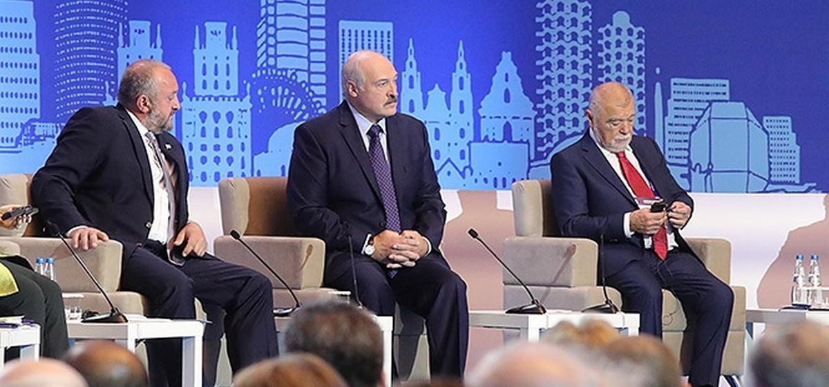 Лукашенко: Мы Украину просто «подарили» своим соперникам. Американцы и НАТО должны нас благодарить