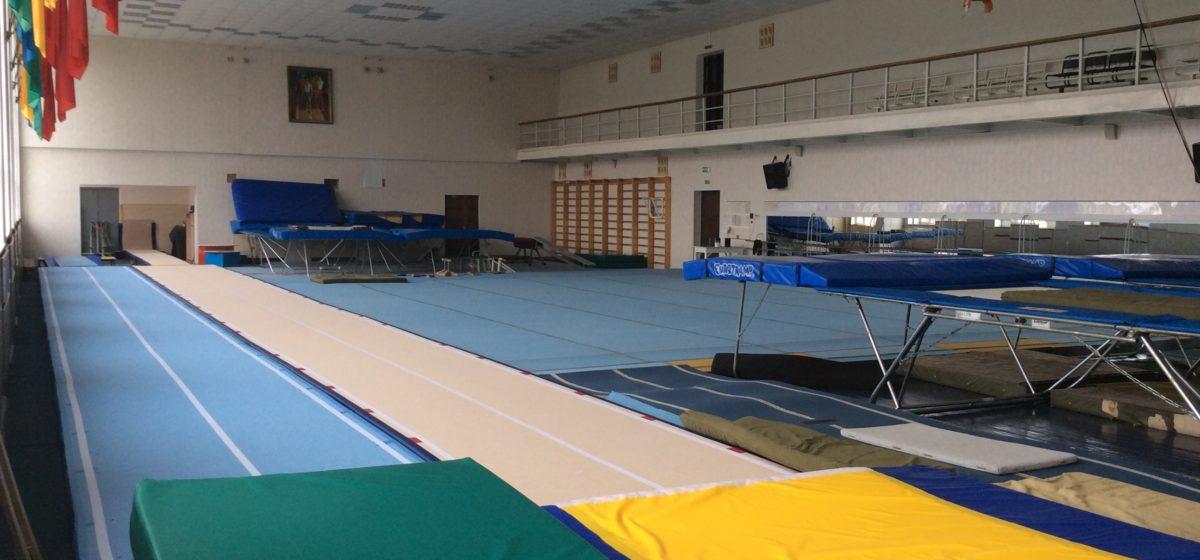Юные гимнасты Барановичей успешно выступили на областном первенстве