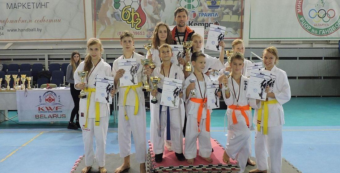 Барановичские каратисты успешно выступили на международном турнире
