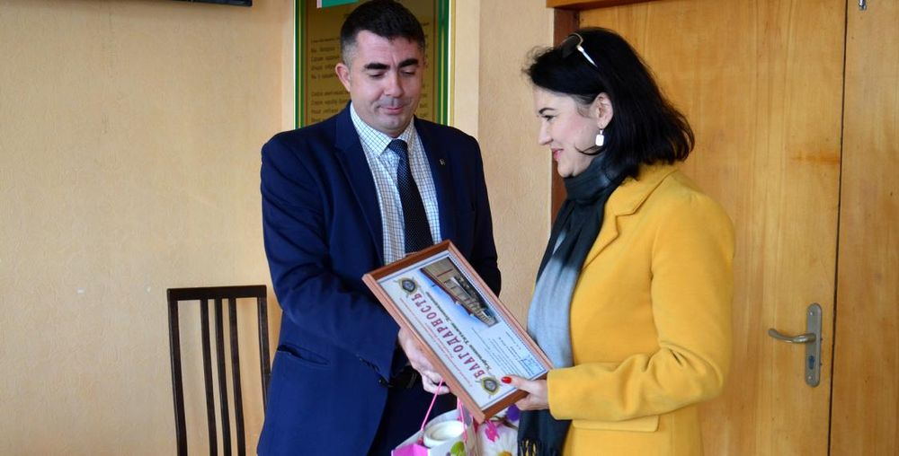 Женщина помогла задержать эксгибициониста в Слуцке, ее наградили
